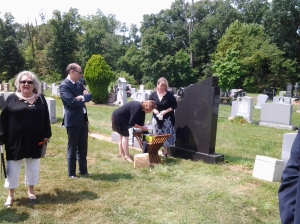 At Oleg Wasilewski's grave, August, 2014